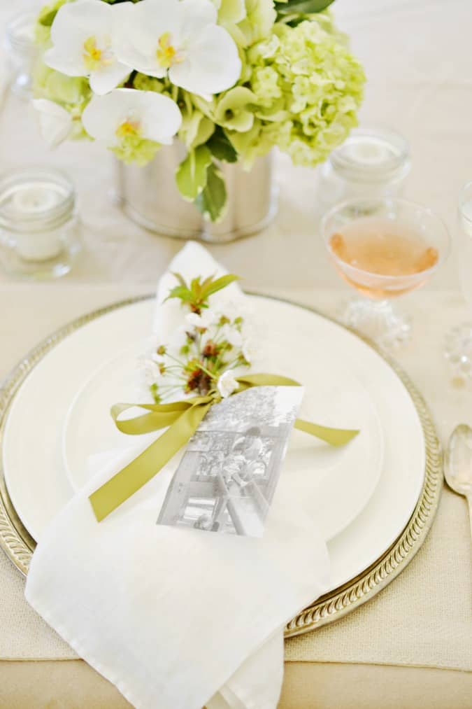 Mothers-day-brunch-table-setting-atthepicketfence.com_