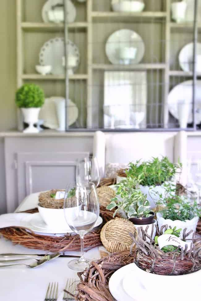 dining-room-place-settings - Thistlewood Farm