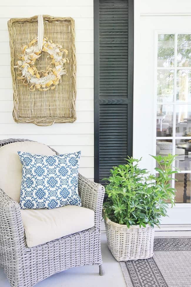 porch with basket