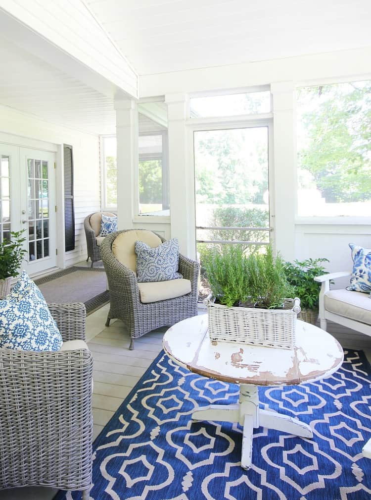 screened-in porch blue and white