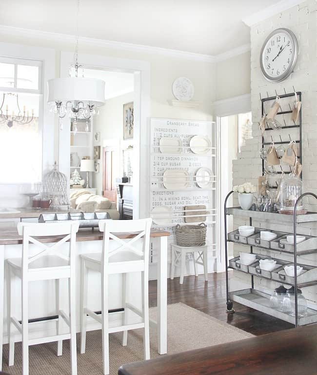 White and steel elements really accent this kitchen