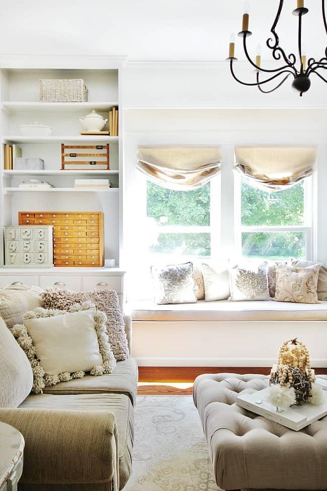 family room window seat