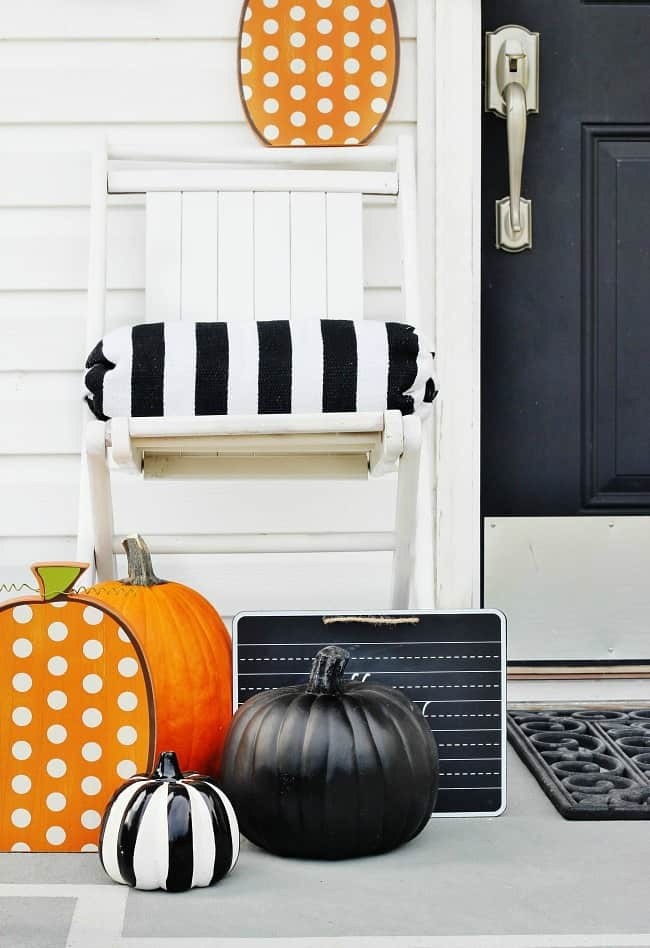 polka-dot-pumpkin-on-porch