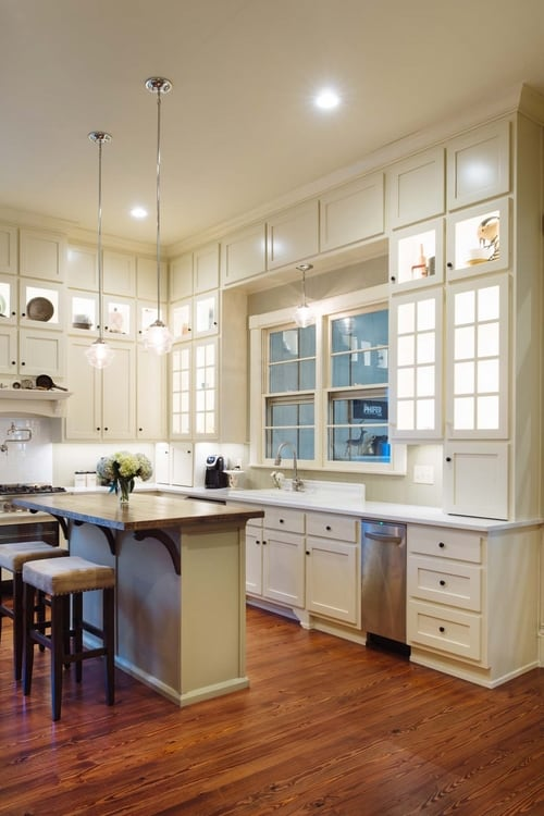 southern romance house kitchen2