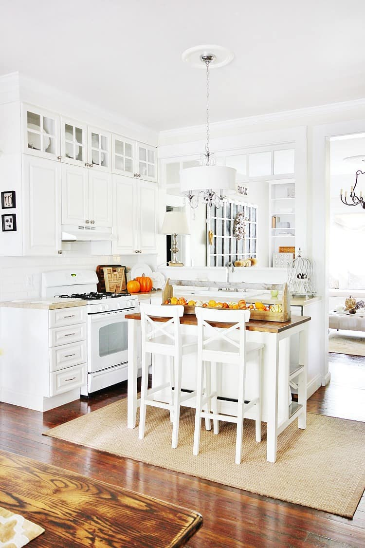 fall kitchen decorating ideas and a little sunshine