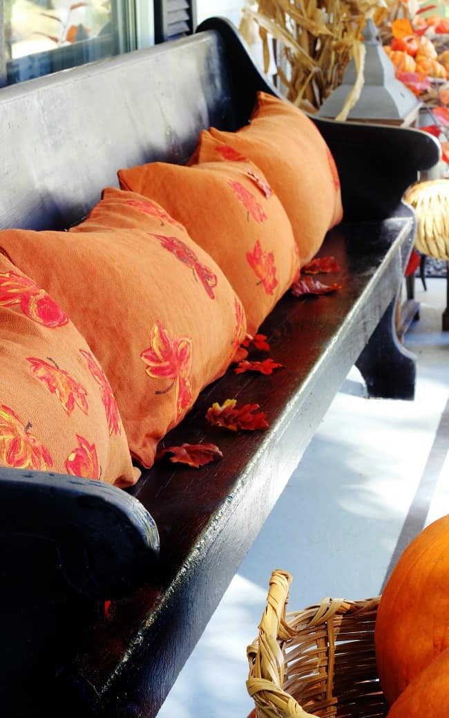 painted-leaf-pillows