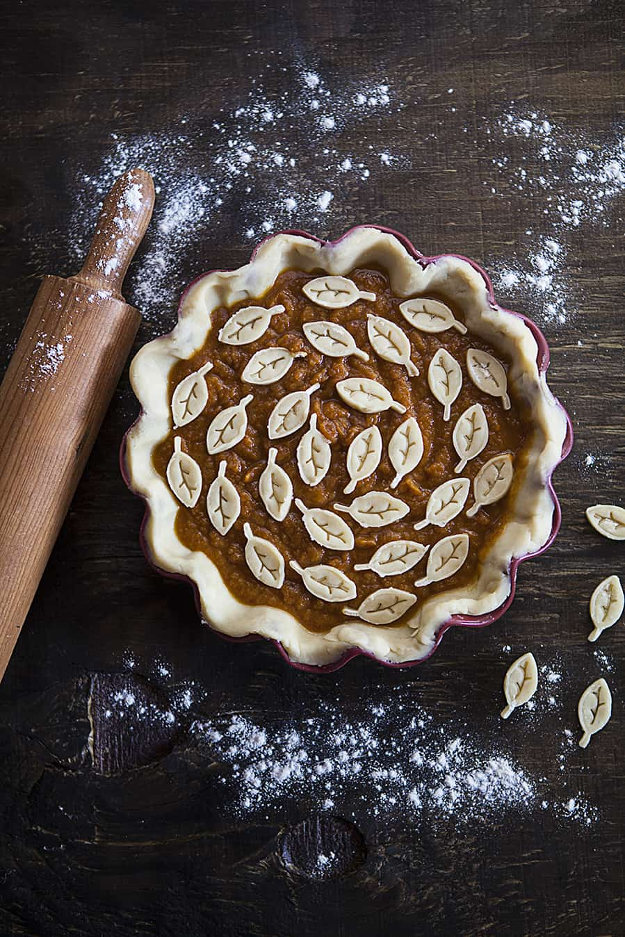 pumpkin-pie-dish