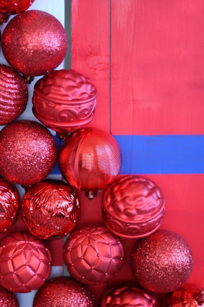 tree-of-ornaments