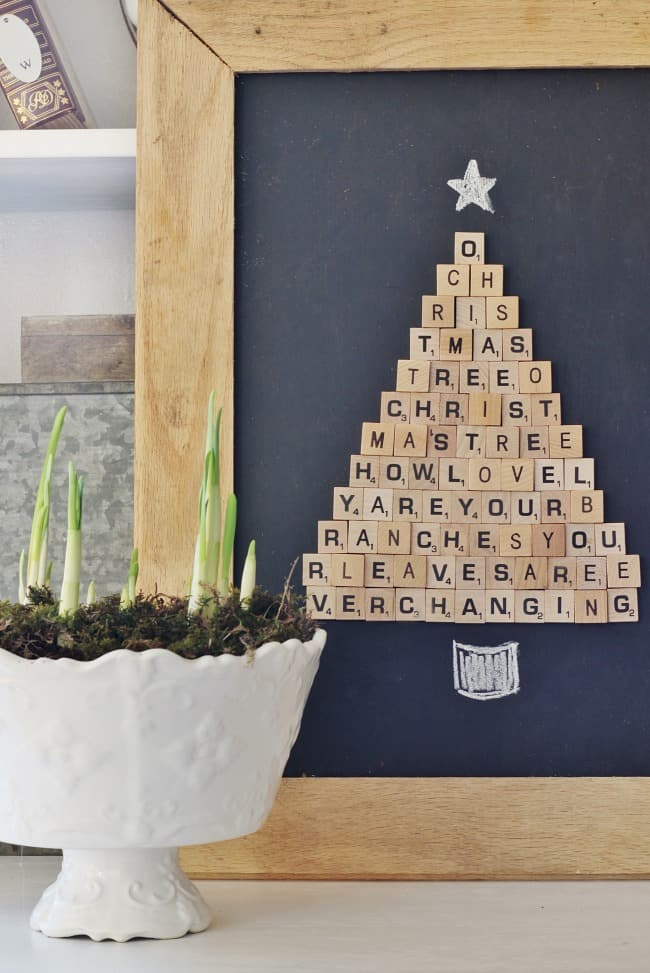 Christmas decorating ideas scrabble Christmas tree decorating idea