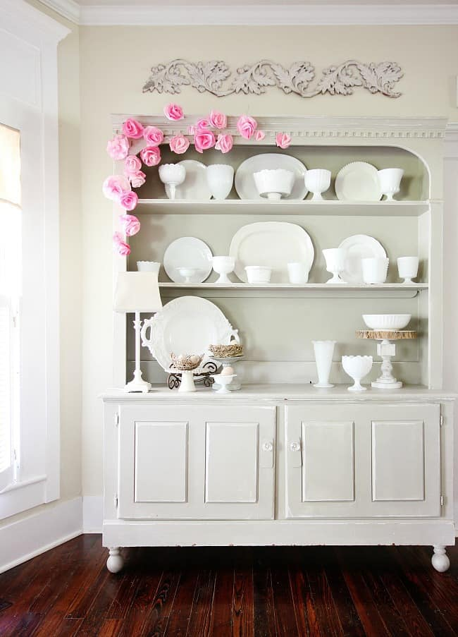 This hutch can be transformed for almost any season with a few key details.