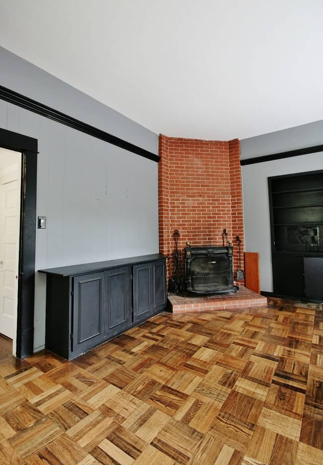 This fireplace and built ins are fantastic