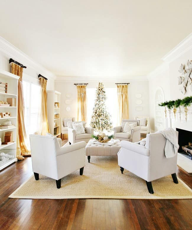 Another look at the living room decked out for the holidays