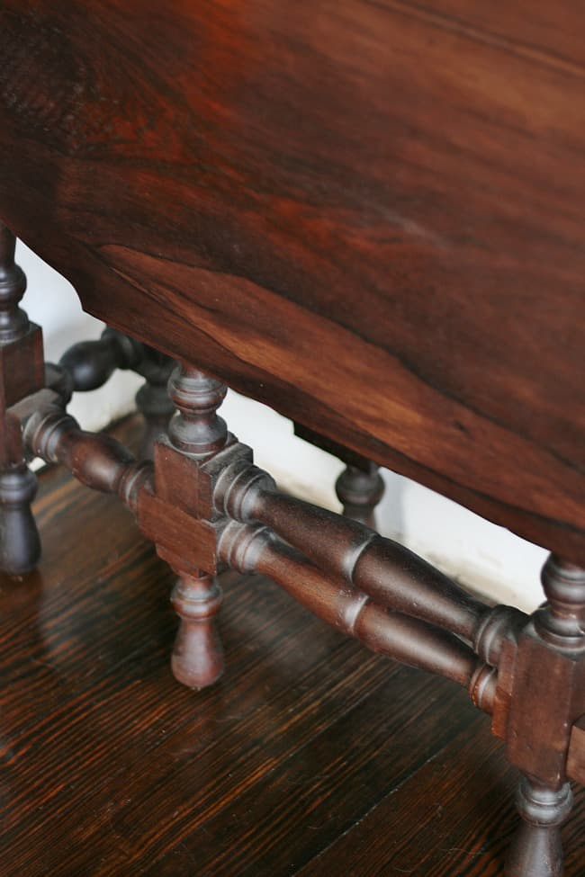 Detail of table legs