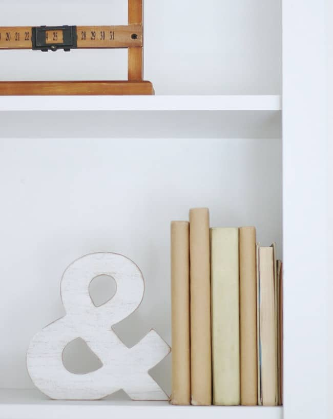 Make sure you have a few personal items to add an extra touch to your shelving