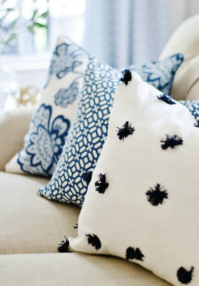 decorating mistake pillows