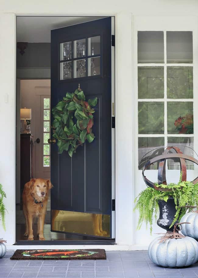 Transitional Fall Porch Decorating Ideas - Thistlewood Farm
