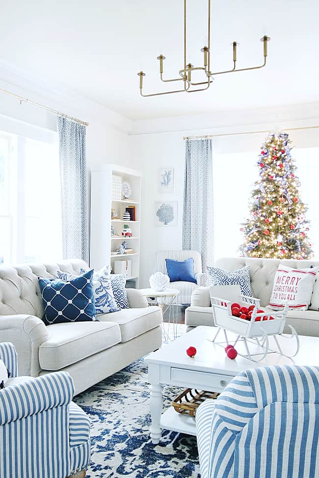 bright and merry how to decorate a coffee table