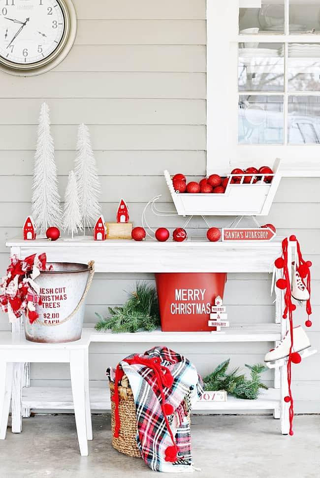 back porch Christmas decorating ideas