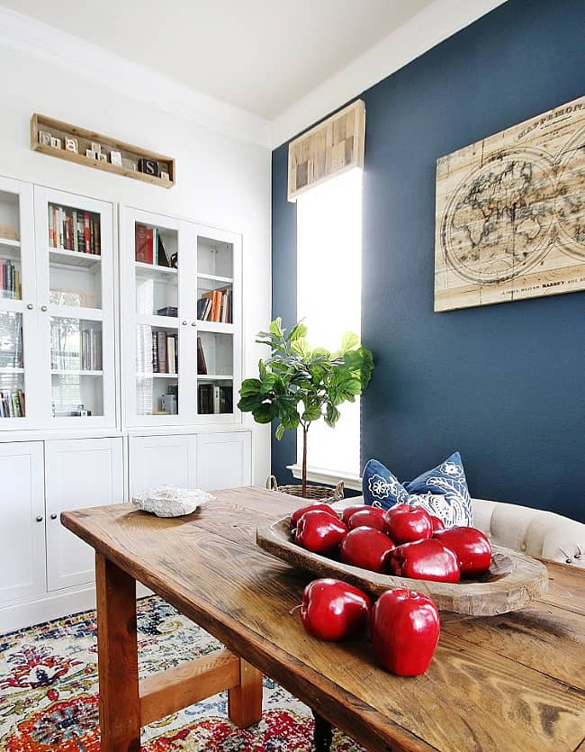 DIY Pallet Wood Cornice Board
