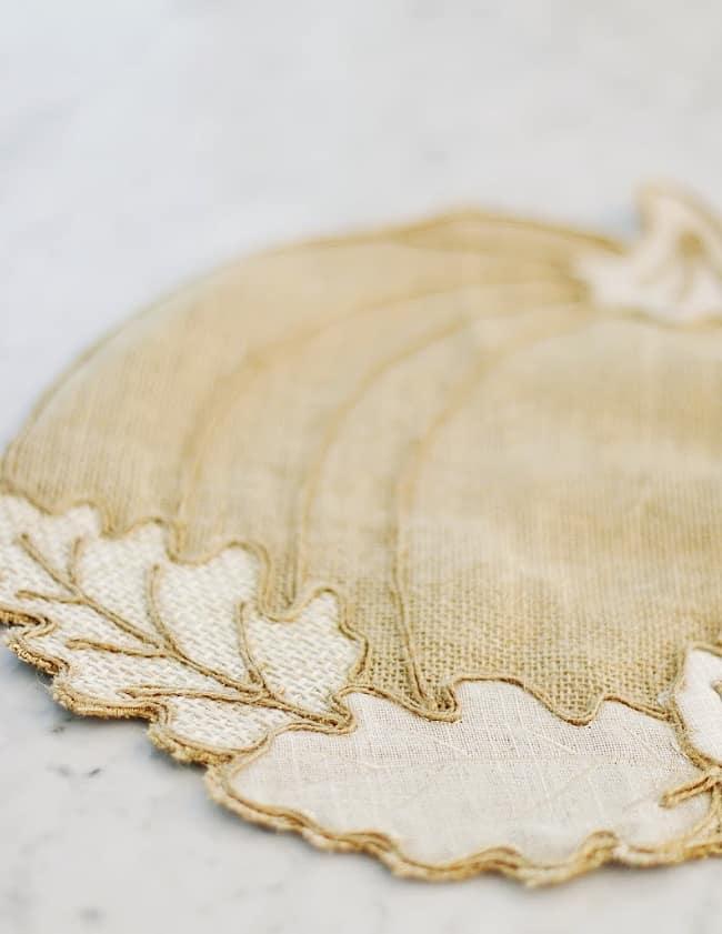 no sew pumpkin pillow from place mat