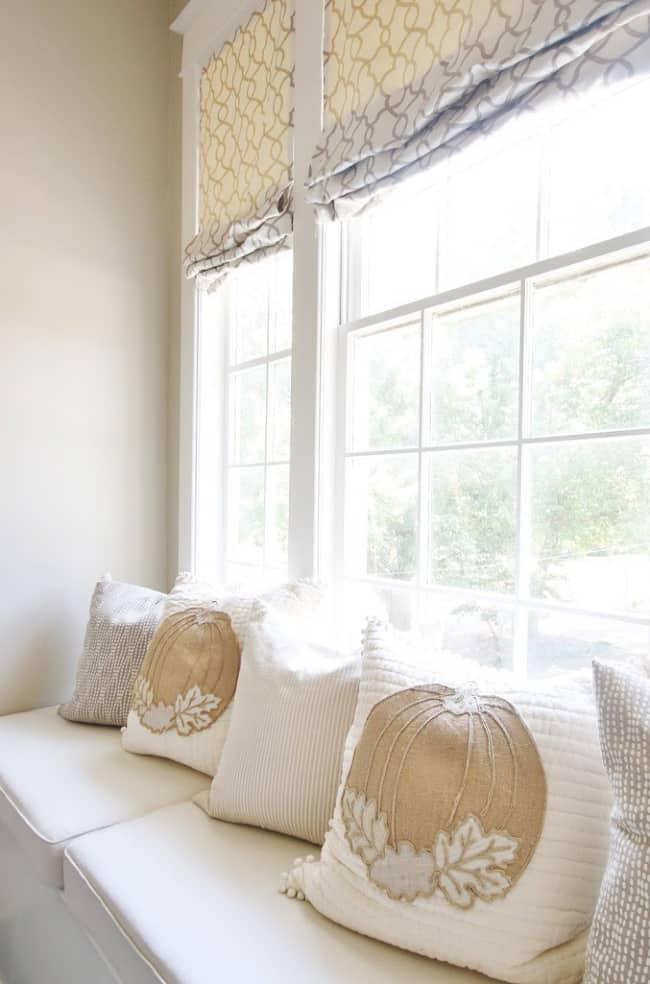 no sew pumpkin pillow on window seat