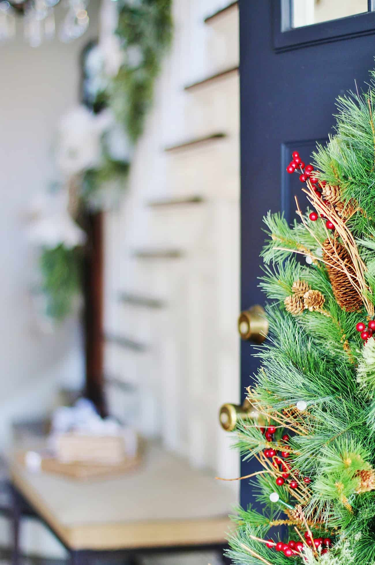 2019 Blue and White Christmas Decorating Tour - Thistlewood Farm