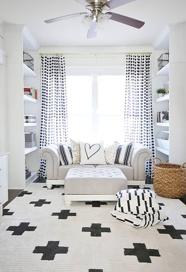 black and white decor ideas living room