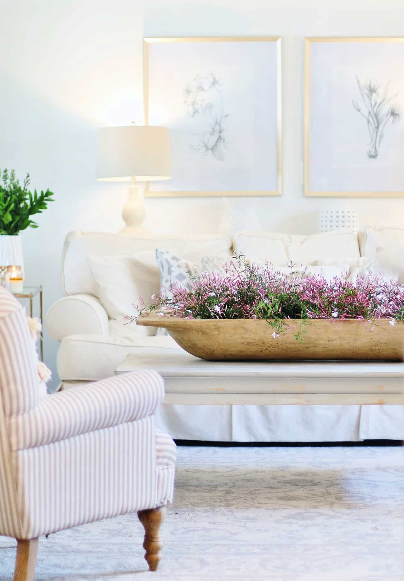 spring home tour coffee table