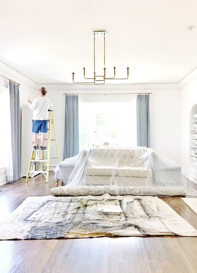 how to paint a ceiling with roller