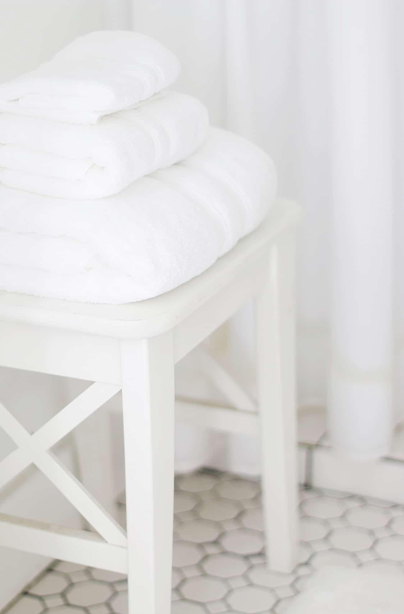 summer bathroom refresh towels