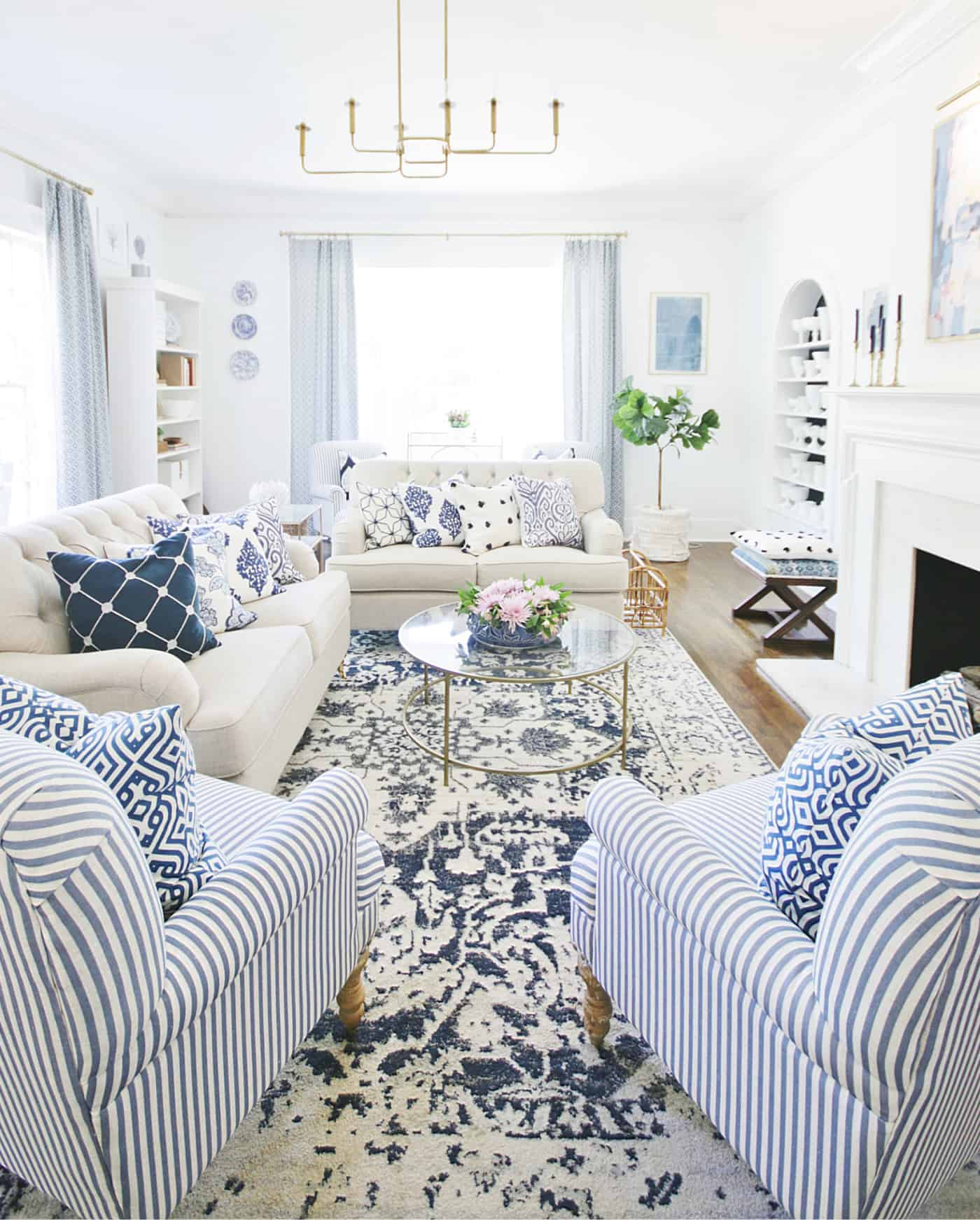 How To Mix Patterns With Blue And White - Thistlewood Farm