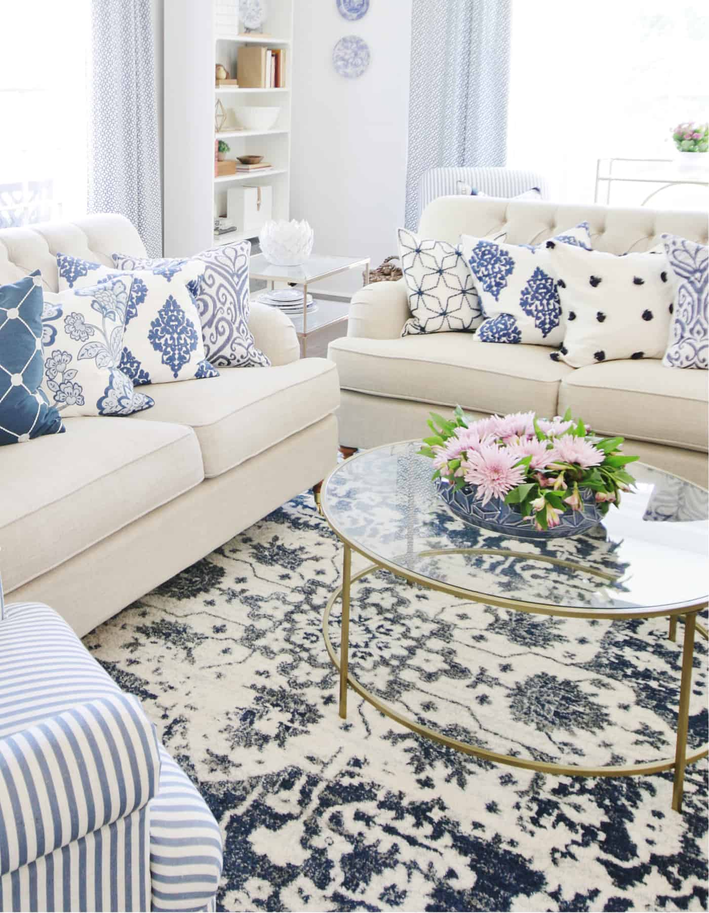 How To Decorate A Coffee Table 21 Simple Ideas Thistlewood Farm