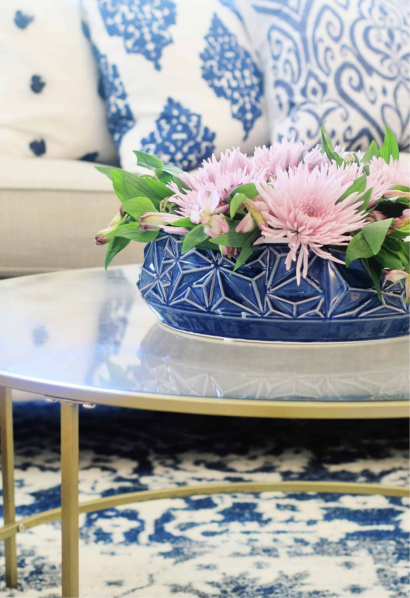 how to decorate a coffee table low vase