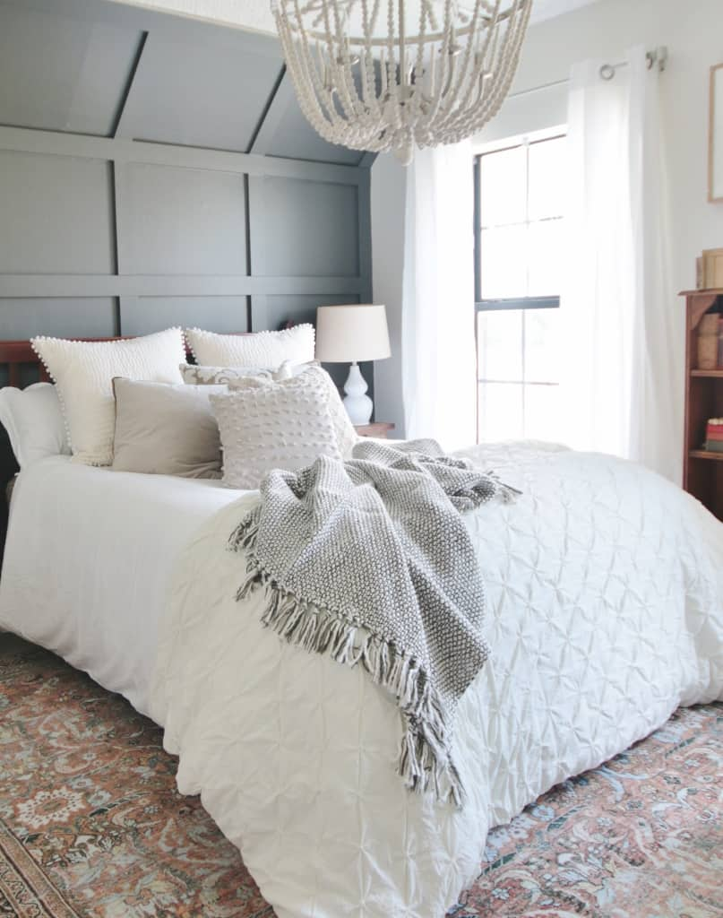 Before And After Bedroom Makeover With Sherwin Williams 2021 Coty Thistlewood Farm